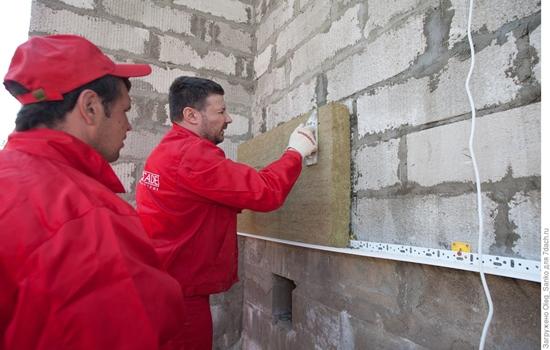 Особенности штукатурки стен из пеноблоков