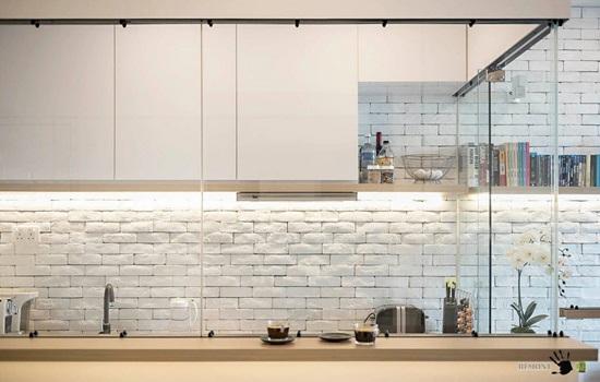 Фартук для кухни под кирпич – способы кладки