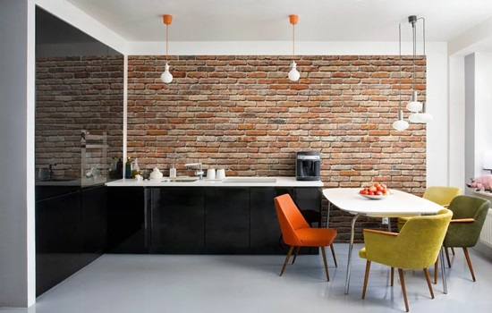 Кирпичная стена на кухне – декор своими руками
