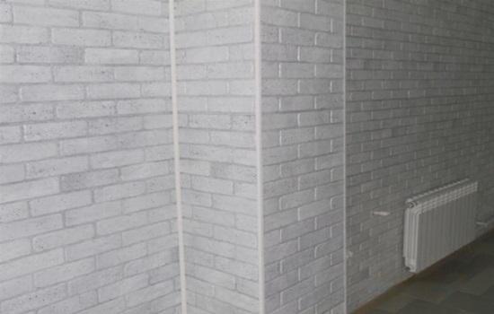 Пластиковые панели под кирпич – разновидности, правила монтажа