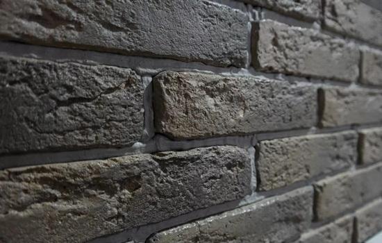 Плитка под кирпич – имитация кладки своими руками