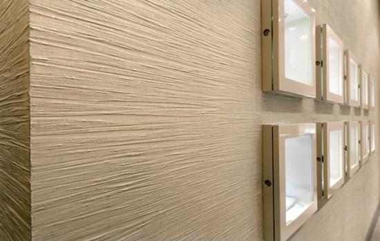 Декоративная штукатурка для внутренней отделки в коридоре – описание