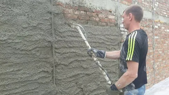Какая штукатурка лучше для выравнивания стен – обзор, описание, советы