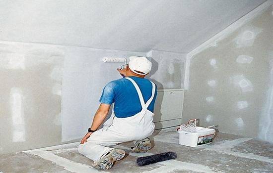 Нужно ли грунтовать стены перед шпаклевкой – советы профессионалов