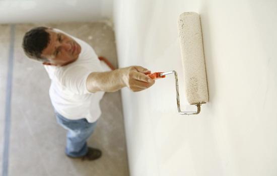 Грунтовка стен перед поклейкой обоев – чем и как обрабатывать