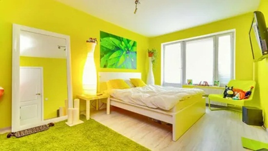 Желтые обои – специфика цвета, дизайнерские идеи